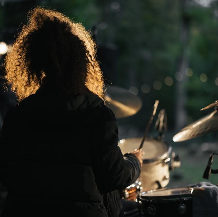 Jas Kayser live at the woods (photo credit: Ian Wallman)